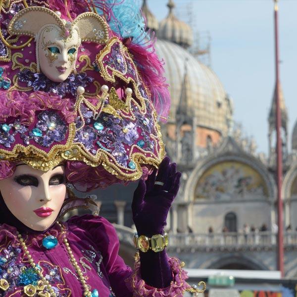 Carnevale- Delta Tour da Venezia a Padova attraversando la Riviera del Brenta scoprendo le Ville Venete come sull'Antico Burchiello